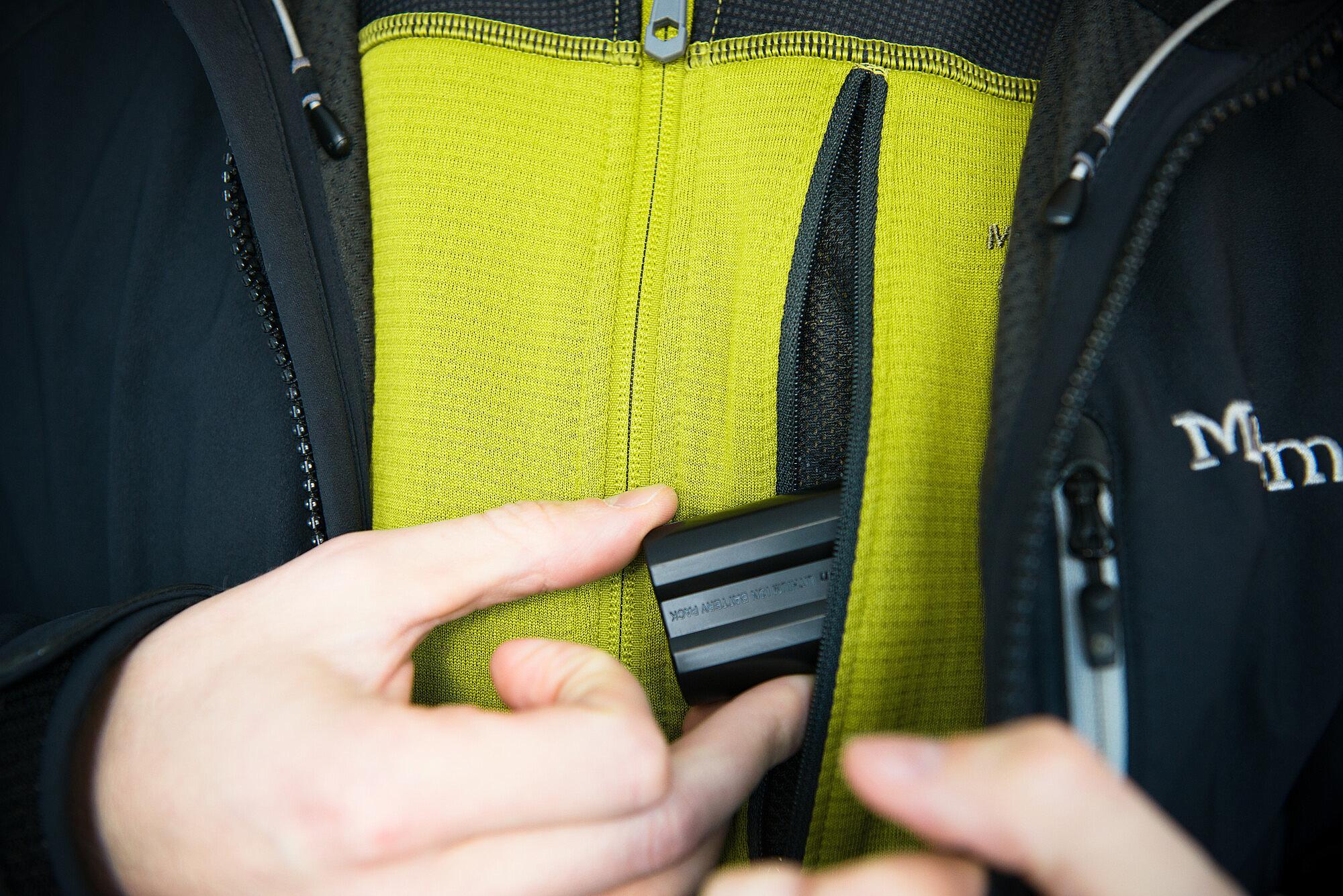 stoppa batterierna i fickan om det är kallt.