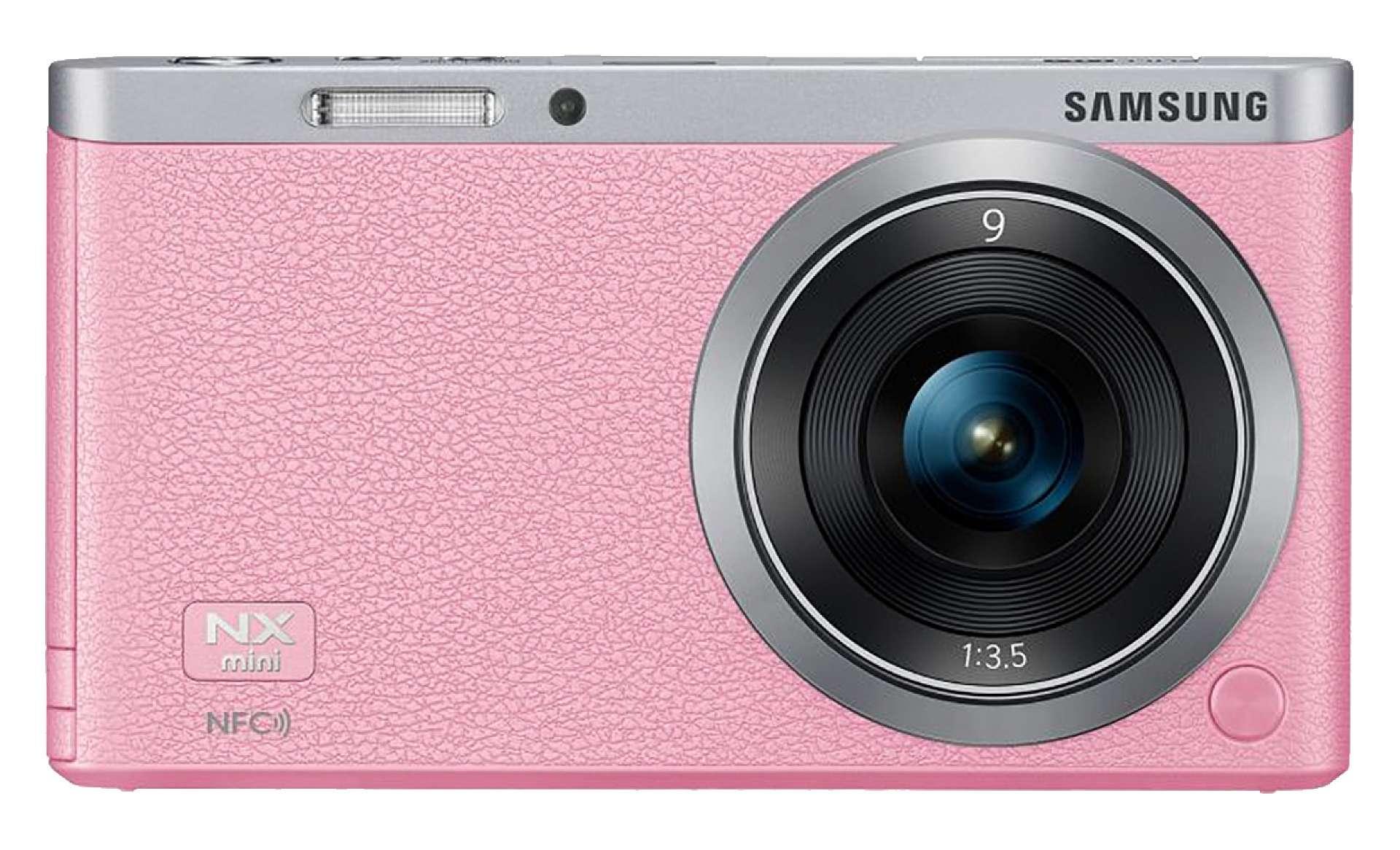 Samsung NX mini i rosa.