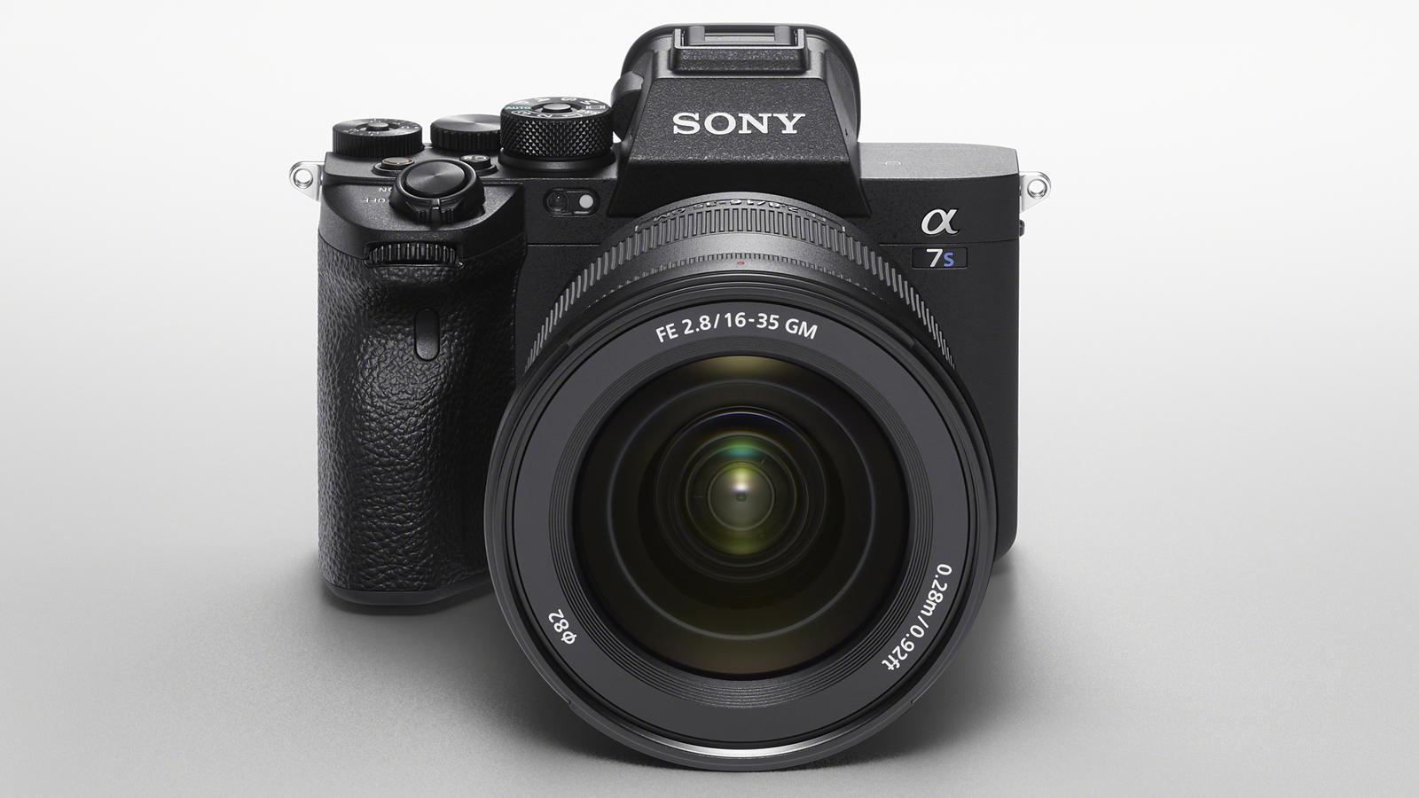 Sony A7S III släppt: Film i 4K/120p & 16-bitars råformat via HDMI