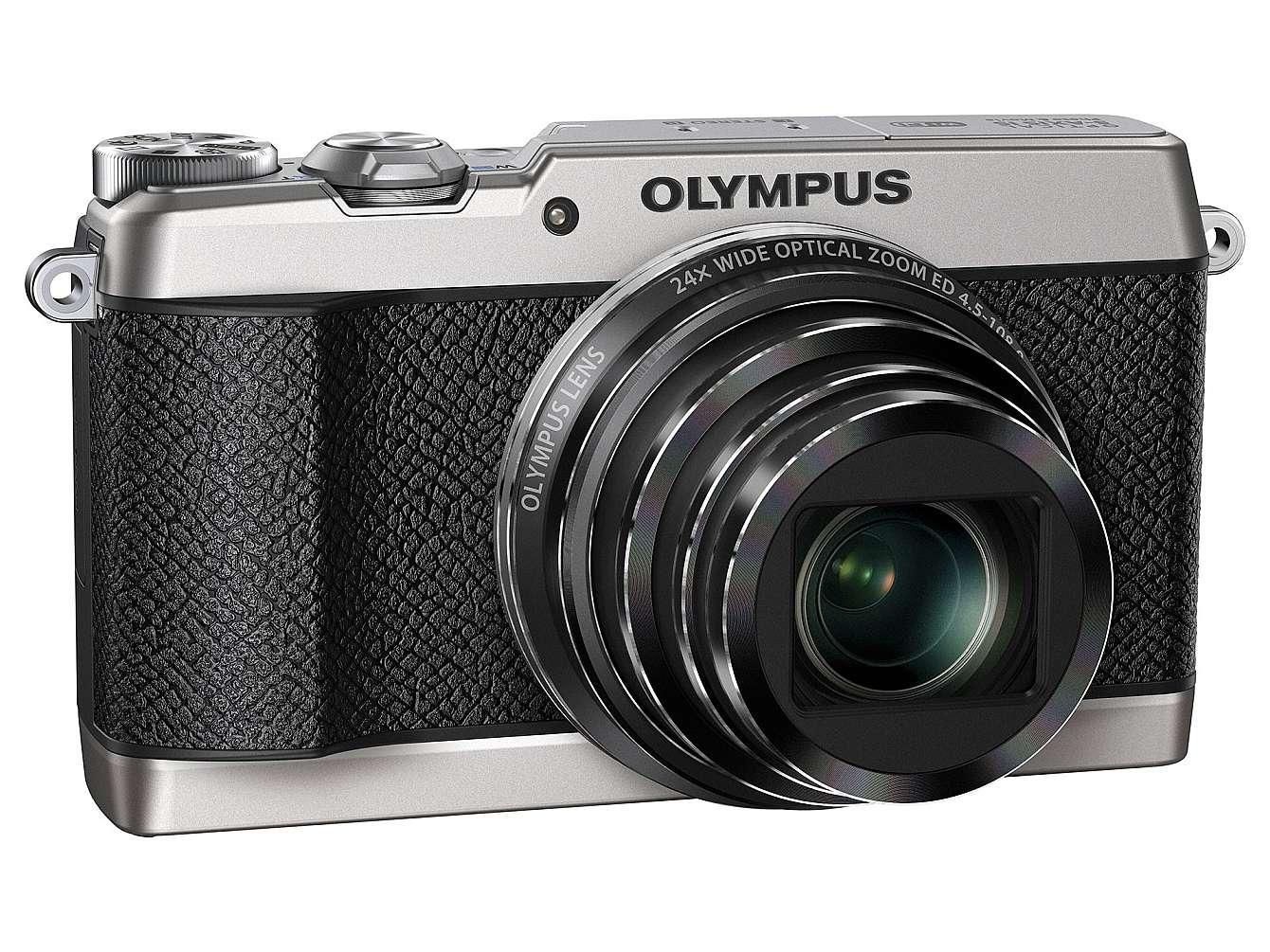 Olympus nya kompakt SH-2 framifrån.
