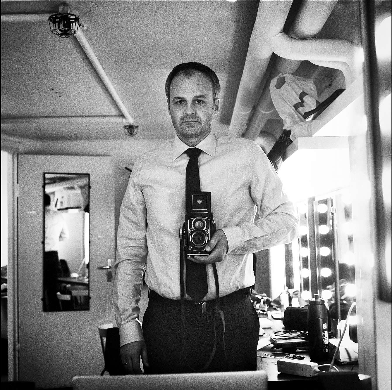 Johan Rheborg uställning Backstage