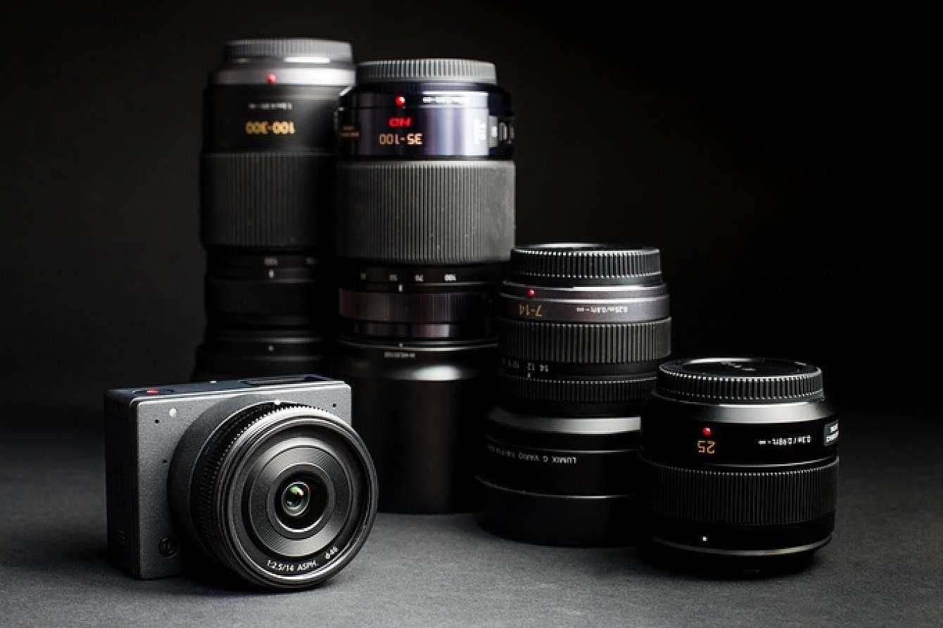 Z Cameras E1 tillsammans med några Panasonicobjektiv